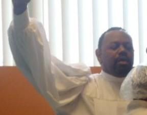 pastor-baptizing